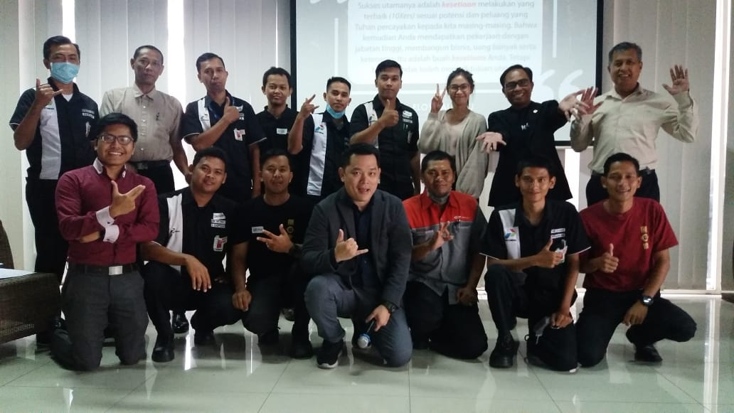 Becoming a Winner. Memimpin Diri dan Team jadi Juara, PT Datasys Integrated System